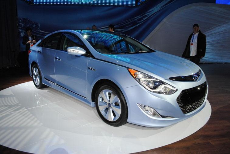 Новый Hyundai Sonata несколько удивил своими характеристиками