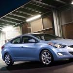 Hyundai Elantra является североамериканским автомобилем 2012 года