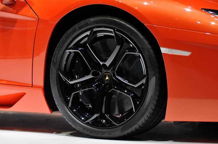 Магазины шин помогут вам подобрать подходящую продукцию для вашего автомобиля