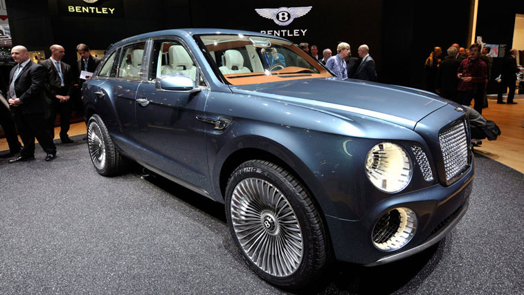 Новый Bentley оснащен холодильником для шампанского