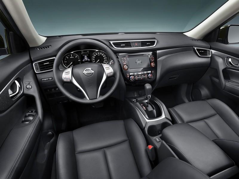 Фото салона Nissan X-Trail 2014 модельного года