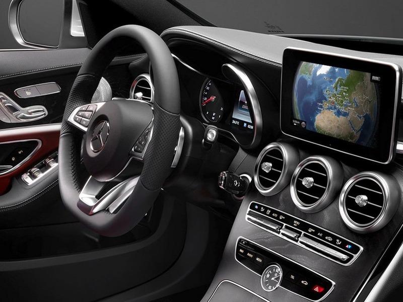 Фото салона нового Mercedes C-Class