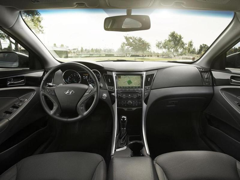Фото салона Hyundai Sonata