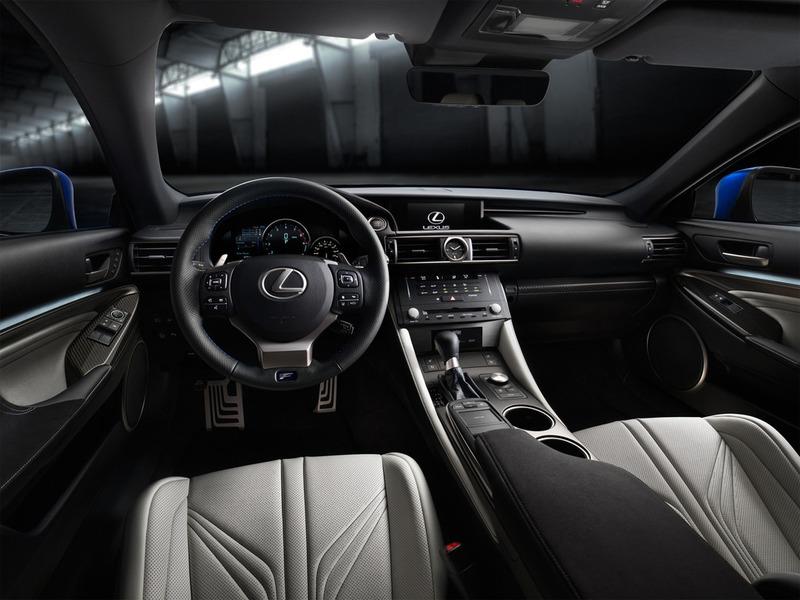 Салон Lexus RC F