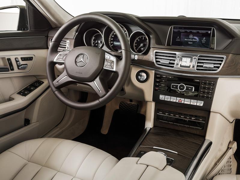 Фото Mercedes E-Class