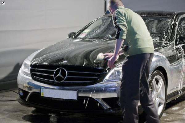 Что дает обработка кузова автомобиля воском